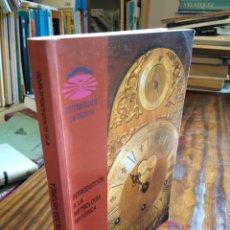 Libri di seconda mano: INTRODUCCIÓN A LA METROLOGÍA HISTÓRICA. Mª DEL SALVADOR GONZÁLEZ RAPOSO. Lote 165506453