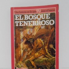 Libros de segunda mano: LIBRO EL BOSQUE TENEBROSO Nº3, ALTEA JUNIOR, UNA HISTORIA EN LA QUE TU ERES EL HEROE. Lote 165514606