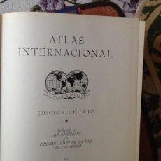 Libros de segunda mano: LIBRO. ATLAS INTERNACIONAL EDICIÓN DE LUJO. VER TODAS LAS FOTOS.. Lote 168403412