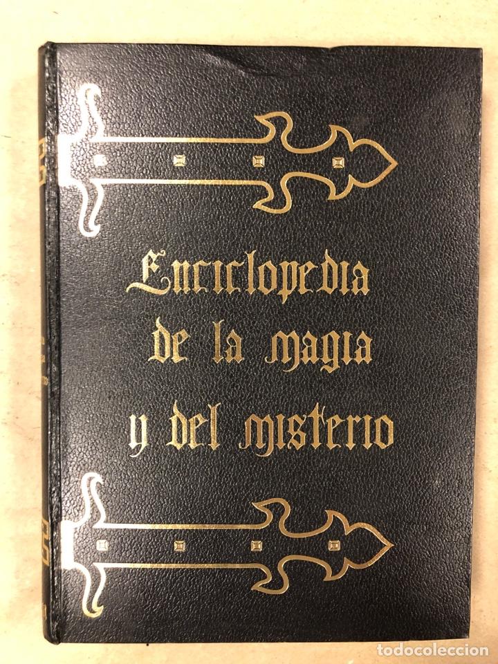 Libros de segunda mano: ENCICLOPEDIA DE LA MAGIA Y DEL MISTERIO (2 TOMOS). EDITORIAL MATEU (1969). TAPAS DURAS. ILUSTRADOS. - Foto 3 - 168853666