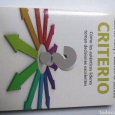 Libros de segunda mano: PENSAMIENTO . CRITERIO .COMO LOS AUTÉNTICOS LÍDERES TOMAN DECISIONES EXCELENTES .NOEL M. TICHY. Lote 169454650