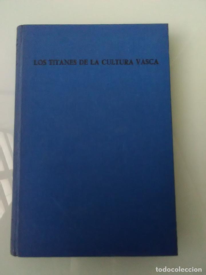 LIBRO LOS TITANES DE LA CULTURA VASCA (Libros de Segunda Mano - Ciencias, Manuales y Oficios - Otros)