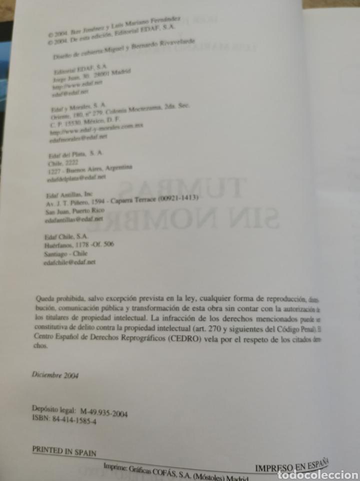 Libros de segunda mano: Libro Iker Jiménez tumbas sin nombre 2004 - Foto 2 - 171893242