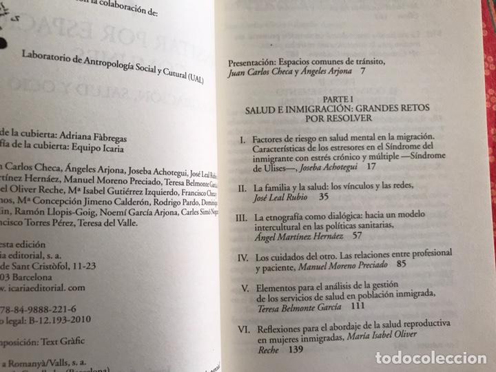 Libros de segunda mano: Transitar por espacios comunes. Inmigración Salud y ocio. F. Checa y Olmos. Buen estado - Foto 5 - 171968338