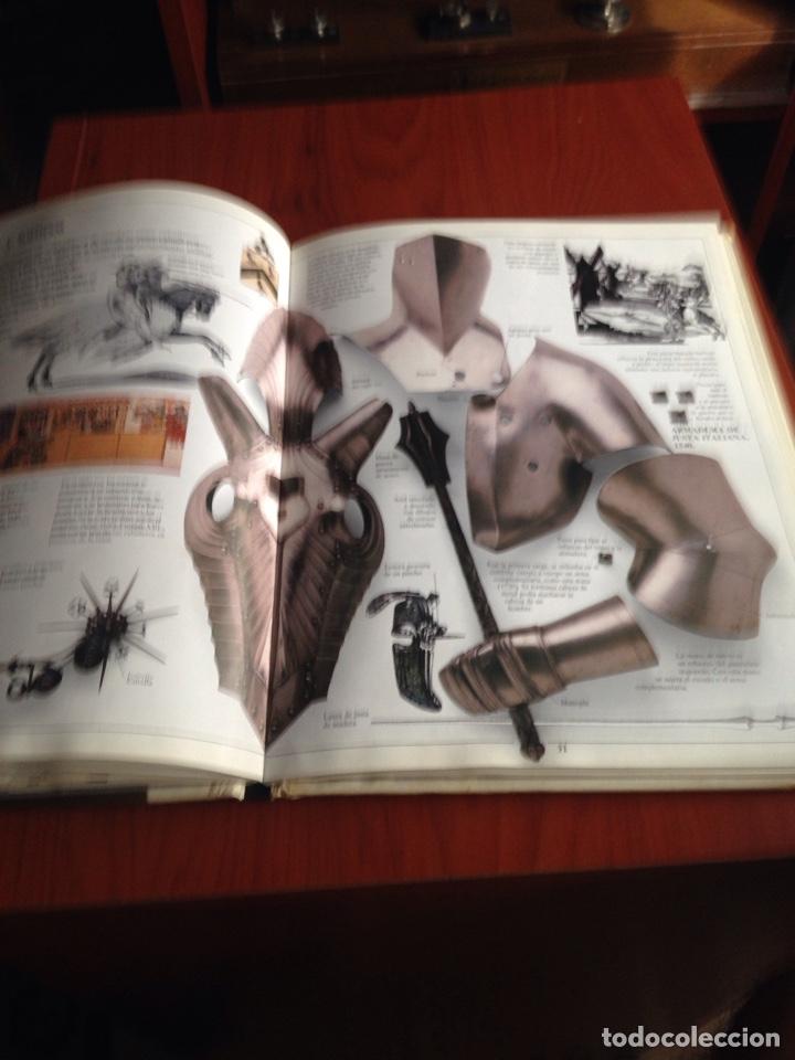 Libros de segunda mano: Libro armas y armaduras - Foto 7 - 172097834