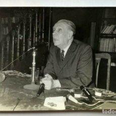 Libros de segunda mano: JORGE LUIS BORGES - CONFERENCIA - EL COMPADRITO - 1969 FOTOGRAFIA ORIGINAL PHOTO. Lote 172175860