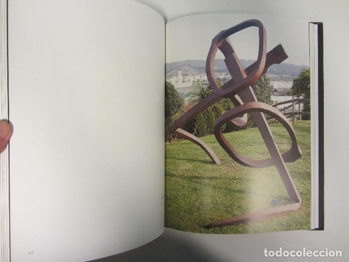 Libros de segunda mano: Jesús Lizaso. Escultura. Año 2007. Profusamente ilustrado. Tapa dura. 200 páginas. - Foto 4 - 173235153