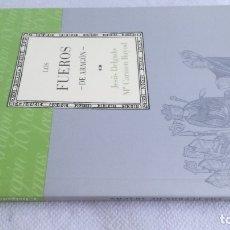 Libros de segunda mano: LOS FUEROS DE ARAGON/ CAI 100 ARAGON. Lote 173437452