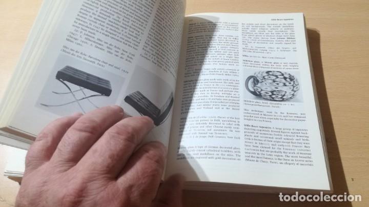 Libros de segunda mano: THE PENGUIN DICTIONARY OF DECORATIVE ARTS EN INGLES - / TEXTO 35 / ARTE OTROS - Foto 20 - 174536055