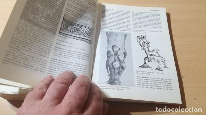 Libros de segunda mano: THE PENGUIN DICTIONARY OF DECORATIVE ARTS EN INGLES - / TEXTO 35 / ARTE OTROS - Foto 24 - 174536055