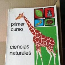 Libros de segunda mano: CIENCIAS NATURALES PRIMER CURSO LUIS LAFARGA. Lote 174975128