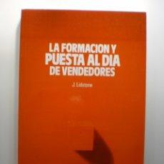 Libros de segunda mano: LA FORMACION Y PUESTA AL DIA DE VENDEDORES. Lote 175007228
