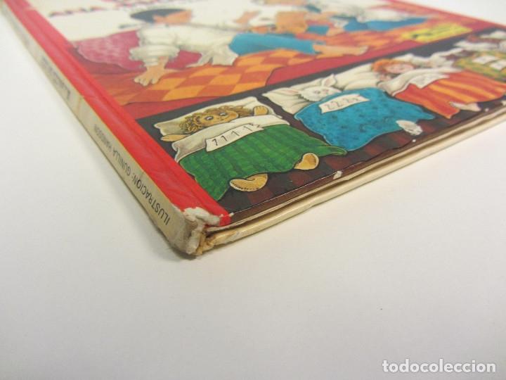 Libros de segunda mano: Va a nacer un bebé. Ana, Oscar y Carlota. Un libro sobre convivencia. Ed. Junior 1981. Tapa dura. - Foto 3 - 254777395