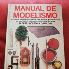 Libros de segunda mano: MANUAL DE MODELISMO (ALBERT JACKSON Y DAVID DAY) HERMANN BLUME. Lote 176087740