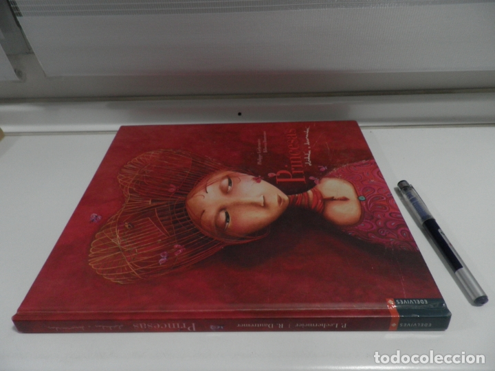 Libros de segunda mano: PRINCESAS OLVIDADAS O DESCONOCIDAS - ED. EDELVIVES, TAPA DURA - Foto 3 - 176480880