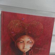 Libros de segunda mano: PRINCESAS OLVIDADAS O DESCONOCIDAS - ED. EDELVIVES, TAPA DURA. Lote 176480880