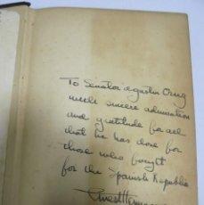 Libros de segunda mano: FOR WHOM THE BELL TOLLS. DEDICATORIA MANUSCRITA HEMINGWAY A SENADOR AGUSTIN CRUZ. REPUBLICA ESPAÑOLA. Lote 176551618