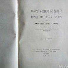 Libros de segunda mano: MÉTODO DE CORTE Y CONFECCIÓN. Lote 177053084