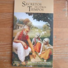 Libros de segunda mano: SECRETOS DE OTROS TIEMPOS EL SRI ISOPANISAD PUBLICADO POR EDITORIAL BHAKTIVEDA (1984) 136PP. Lote 177279190