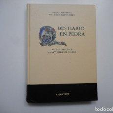 Libros de segunda mano: CARLOS L. BERNÁRDEZ, XOSÉ RAMÓN MARIÑO FERRO BESTIARIO EN PEDRA Y96571. Lote 180093526