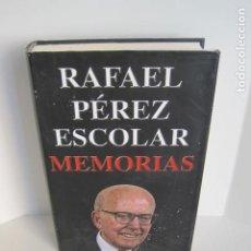 Libros de segunda mano: RAFAEL PÉREZ ESCOLAR. MEMORIAS. GUERRA CIVIL, POSGUERRA, DICTADURA Y AÑOS 90 EN BANESTO. 2005. . Lote 180488102