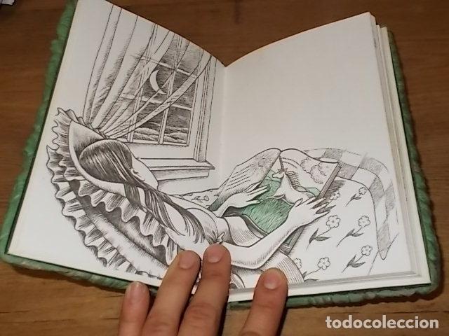 Libros de segunda mano: MI DIARIO DE UNICORNIOS . SUSAETA EDICIONES. CUBIERTA : SEYMOUR SCHACHTER. DIBUJOS : JULIE BERSON - Foto 3 - 181352388