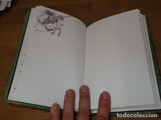 Libros de segunda mano: MI DIARIO DE UNICORNIOS . SUSAETA EDICIONES. CUBIERTA : SEYMOUR SCHACHTER. DIBUJOS : JULIE BERSON - Foto 6 - 181352388