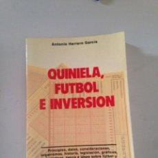 Libros de segunda mano: QUINIELA DE FÚTBOL Y DIVERSIÓN ANTONIO HERRERO GARCÍA. Lote 181670982