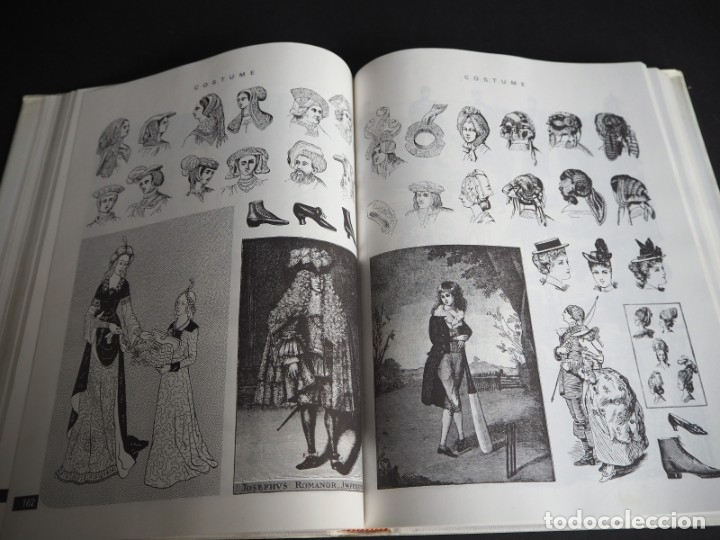 Libros de segunda mano: THE CLIP ART BOOK. Gerard Quinn. Crescent Books 1990 - Foto 2 - 182026698