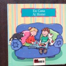 Libros de segunda mano: EN CASA. AT HOME. EN LA CIUDAD. IN TOWN. BILINGÜES. GENNY HAINES. DOS LIBROS. Lote 182653635