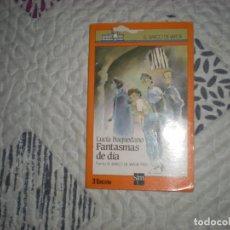 Libros de segunda mano: FANTASMAS DE DÍA;LUCÍA BAQUEDANO;SM 1987. Lote 183083458