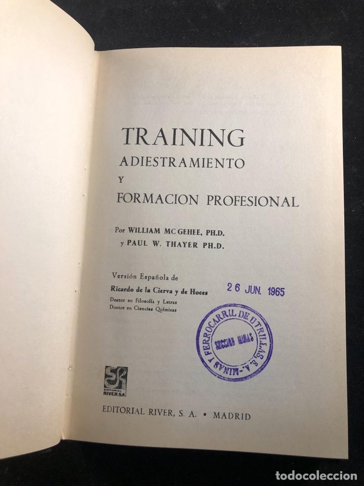 TRAINING ADIESTRAMIENTO Y FORMACIÓN PROFESIONAL AÑO 1965 (Libros de Segunda Mano - Pensamiento - Otros)