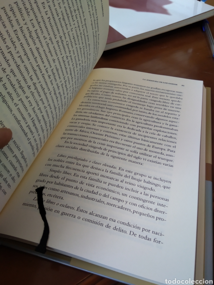 Libros de segunda mano: LA AVENTURA DE LOS GODOS. JUAN ANTONIO CEBRIÁN - Foto 5 - 184000148