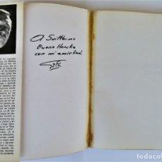 Libros de segunda mano: EL LIBRO ROJO DE GILA,AÑO1974,FIRMA Y DEDICATORIA DEL HUMORISTA,CHISTES ANTIBELICISTAS,HUMOR ESPAÑOL. Lote 184454090