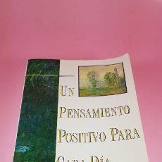 Libros de segunda mano: LIBRO-UN PENSAMIENTO POSITIVO PARA CADA DÍA-NORMAN VINCENT PEALE-1995-COMO NUEVO-VER FOTOS. Lote 184584480
