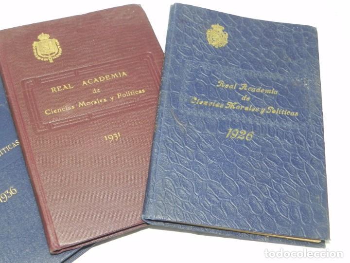 Libros de segunda mano: REAL ACADEMIA DE CIENCIAS MORALES Y POLITICAS, AÑOS 1926, 1931, 1932 Y 1936, REPUBLICA. MIDEN 15,5 X - Foto 3 - 186652550