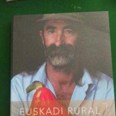 Libros de segunda mano: LIBRO EUSKADI RURAL. Lote 192276013