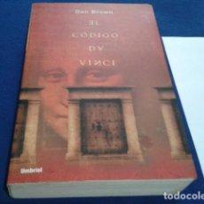 Libros de segunda mano: LIBRO EL CÓDIGO DA VINCI / DAN BROWN / ED. UMBRIEL 2004. Lote 193936253