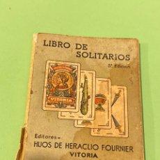 Libros de segunda mano: LIBRO DE SOLITARIOS FOURNIER 1940. Lote 194218678