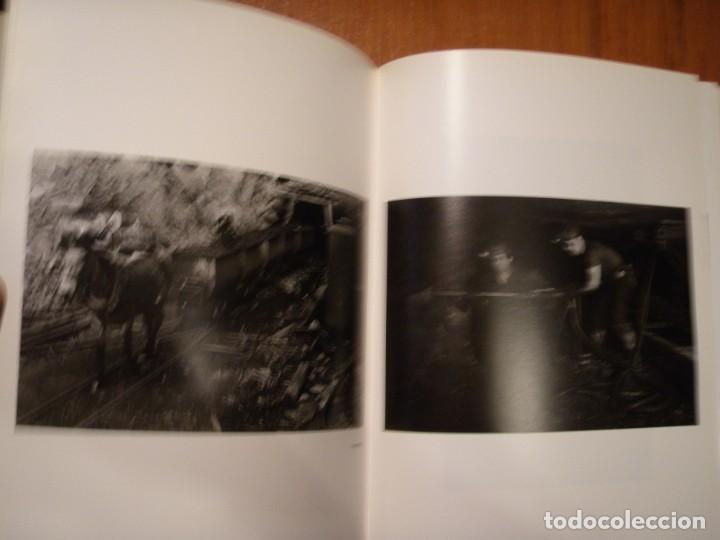 Libros de segunda mano: LIBRO HOMBRES Y CARBÓN ANTONIO CORRAL - Foto 4 - 194515922