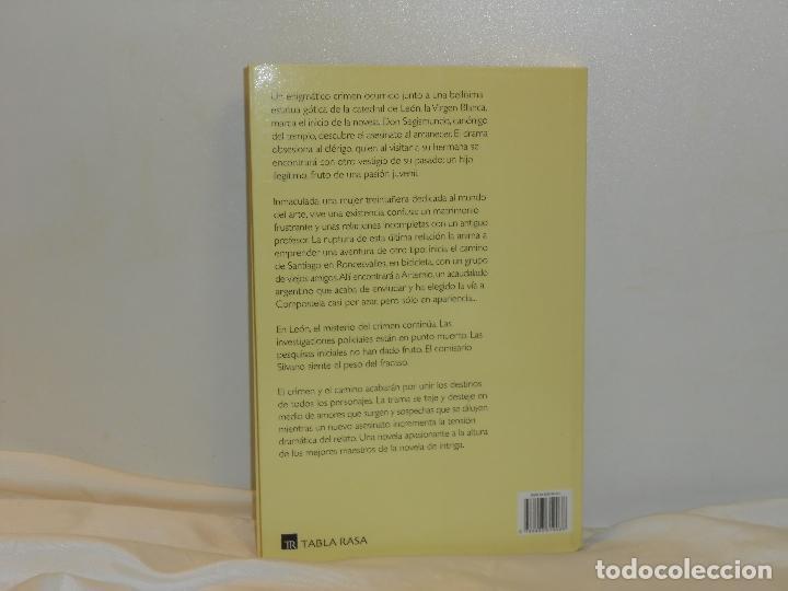 Libros de segunda mano: EL BÚCARO DE AZUCENAS, TOMÁS ÁLVAREZ - TABLA RASA - MUY BUEN ESTADO - Foto 2 - 194663932
