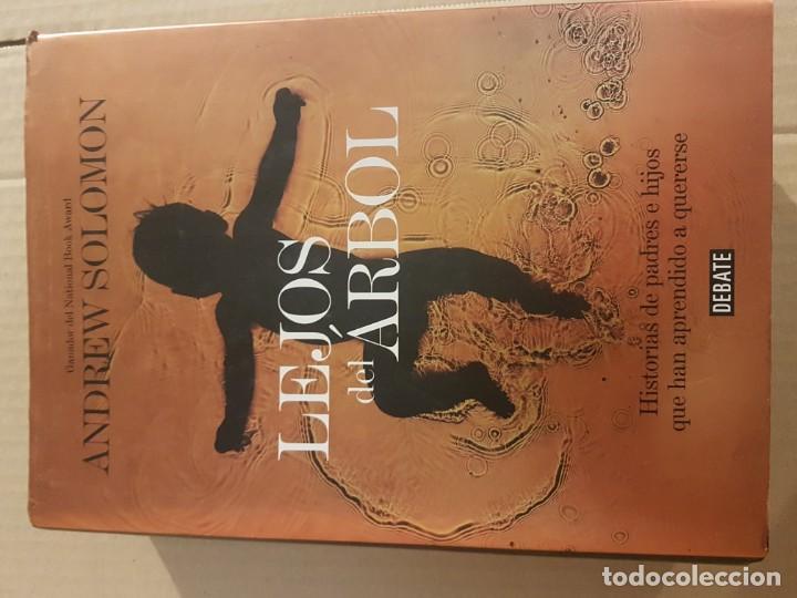 Libros de segunda mano: Lejos del árbol : historias de padres e hijos que han aprendido a quererse - Foto 2 - 194732873