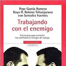 Libros de segunda mano: TRABAJANDO CON EL ENEMIGO. Lote 194989413