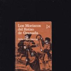 Libros de segunda mano: LOS MORISCOS DEL REINO DE GRANADA - JULIO CARO BAROJA - ISTMO EDITORIAL 1976. Lote 195116881
