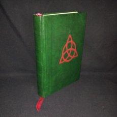 Libros de segunda mano: EMBRUJADAS - EL LIBRO DE LAS SOMBRAS. Lote 195208487
