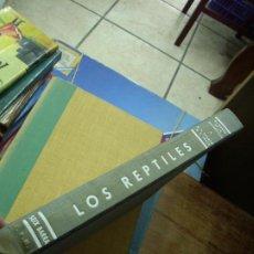 Libros de segunda mano: LOS REPTILES, KARL P. SCHMIDT Y ROBERT F. INGER. EP-297. Lote 195264220