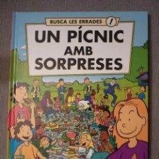 Libros de segunda mano: BUSCA LES ERRADES: UN PÍCNIC AMB SORPRESES (LIBRO INFANTIL EN CATALÁN). Lote 195415193