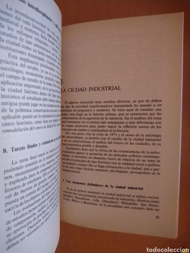 Libros de segunda mano: LA CIUDAD. ENSEÑANZAS DEL FENÓMENO URBANO. ANAYA, 1983. - Foto 3 - 195423356