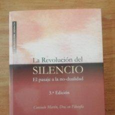 Libros de segunda mano: LA REVOLUCIÓN DEL SILENCIO. Lote 198583418