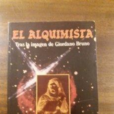 Libros de segunda mano: EL ALQUIMISTA J. LIVRAGA. Lote 198850787